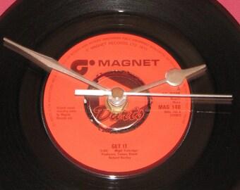 """Darts get it  7"""" vinyl record clock"""