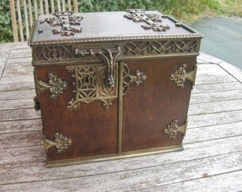 Antique late Victorian brass mounted cigar Humidor