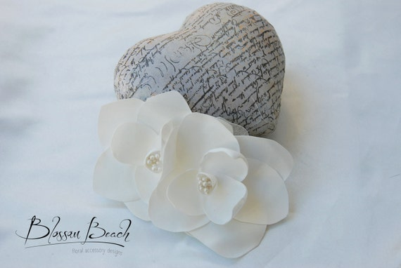 Ivory satin magnolia hair flower;magnolia bridal hair flower;ivory bridal hair clip;ivory wedding hair clip