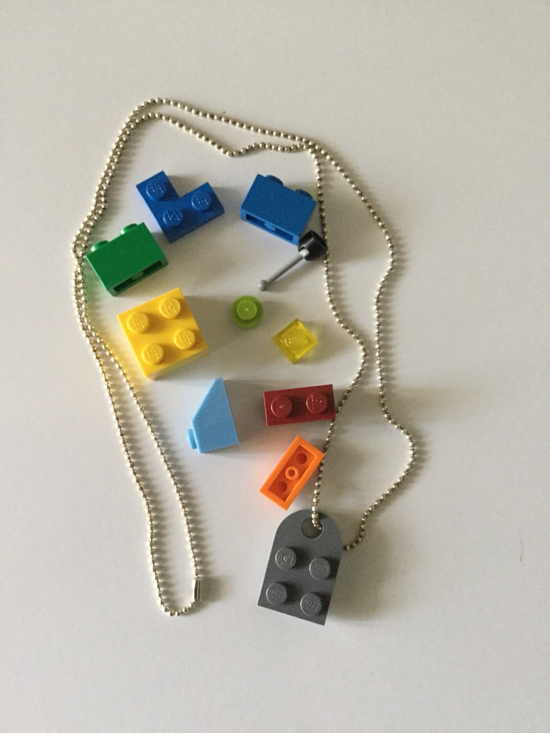 build your own lego necklace