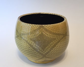 Yellow Diamond Pattern Bowl ,Handmade- Wheel Thrown Bowl , Medium Size ,Great Gift, Functional Pottery, Ceramic Vessel, Home Decor.