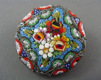 DELIGHTFUL! Antique Micro MOSAIC Tile Floral Brooch made in ITALY