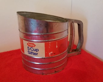 Vintage foley flour sifter / large 5 cup sifter