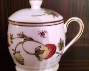 coalport strawberry pot de creme  with lid