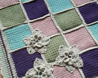 Crib blanket in soft wool