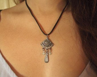 Tarnished Treasure Necklace