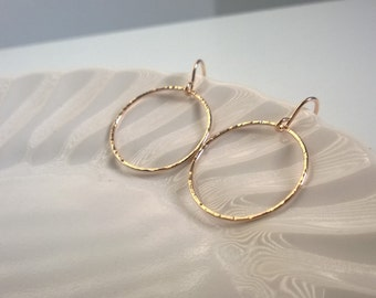 14Kt gold filled hoop earring; large gold circle earrings; gold hammered circle earrings