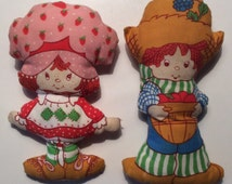 Strawberry Shortcake and Huckleberry Pie Spring Mill Vintage Pillow Dolls by American Greetings 1980