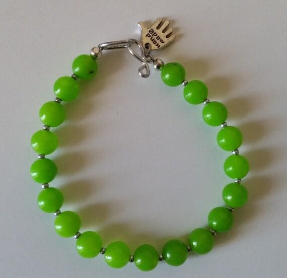 BRIGHT LIME GREEN Round Stone Bead Bracelet. Apple Neon Green. Simple Single Strand Bracelet. Girls Womens Spring Summer Layering.