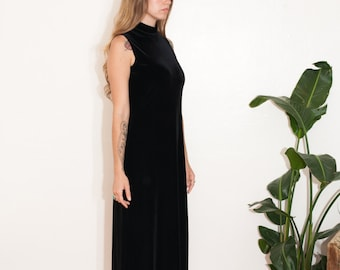 vintage black velvet gown // sleeveless turtleneck dress