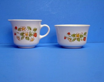 Corelle Strawberry Sundae Sugar Bowl and Creamer Set