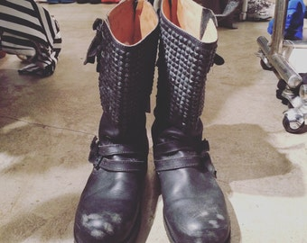 Number (N)ine studs boots