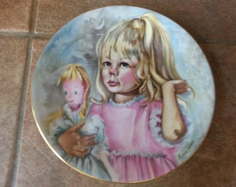 CH Field, Haviland, Limoges France, Pinky and Baby Signed by Marian Carlsen Mothers Day Plate 1976, Excellent Condition, Beautiful Gift