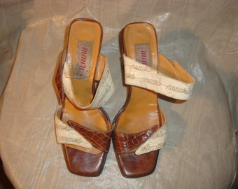 Final Clearance Brown/Cream Mauri Donna Alligator Sandals 9B
