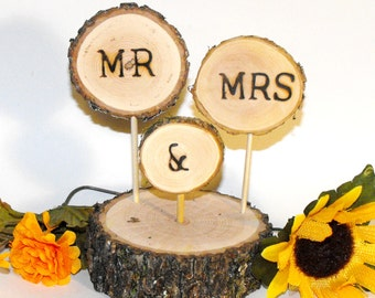 Wooden wedding cake topper,  Mr Mrs cake topper, rustic wedding cake topper, woodland wedding decorations, Wood slice cake topper