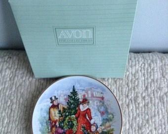 Avon Christmas Plate 1990