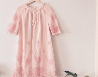 Ladies VINTAGE St Michael Frilly Nylon Pretty Rose PINK Nightie / Nightdress