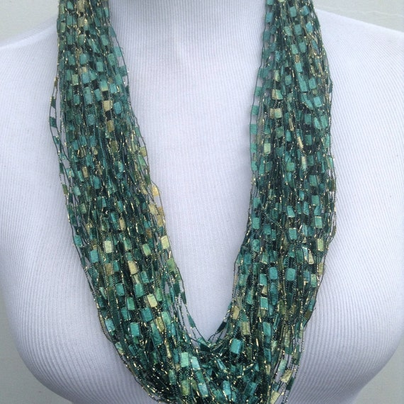 Green Yarn Necklace Green Ladder Yarn Necklace Scarf