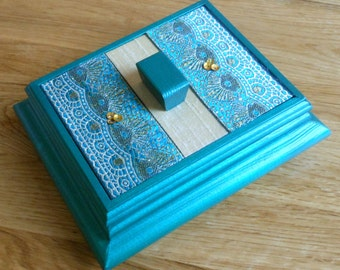 Jewellery/Trinket/Decorative/ Wooden box
