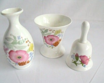 Wedgwood Meadow Sweet china trio, dressing table set, collectable china, vase and bell