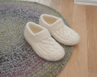 Wool slipper socks Cable knit socks - Boiled wool slippers - White woolen socks hand knitted