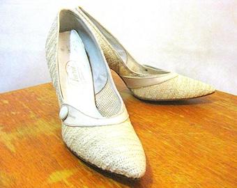 50s High Heel Shoes, Vintage Cream Natural Raffia Stiletto Pumps Cherie by Pierre of Paris Size 9 Narrow