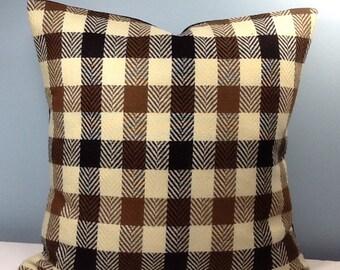 Buffalo check pillow. Brown Tweed throw pillow cover. Herringbone plaid. Cabin pillow. Lodge pillow. Rustic Winter pillow. Masculine pillow.