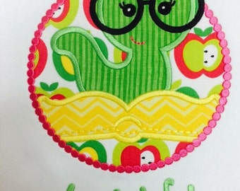 Book worm school shirt girl appliqué embroidery personalized custom monogram name