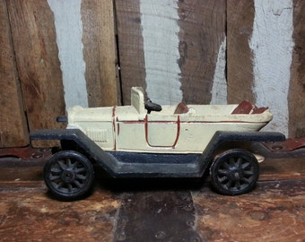Vintage Antique Cast Iron Ford Model T Collectible Toy Car.