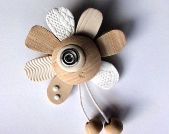 Pin flower.