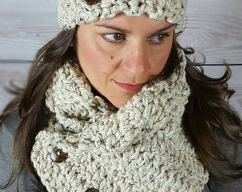 Oatmeal Boston Scarf - Oatmeal Boston Cowl - Oatmeal Chunky Scarf - Button Boston Scarf - Button Boston Cowl - with Coconut Buttons