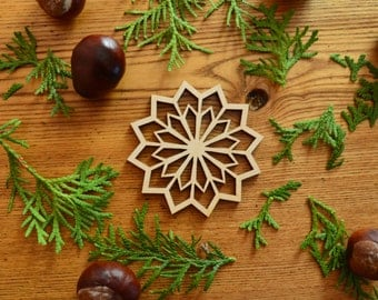 Wood snowflake / Wooden Christmas decor / Christmas tree decorations / Unique ornaments