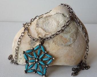 Vintage  Faux Turquoise Star Pendant Necklace, Star Burst Pendant,  Blue Southwestern Silver Necklace,Boho Blue Necklace,Modern 70's Jewelry