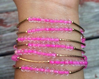 SALE: Clear Pink Bracelet Set with gold plated charms - Semanario pulseras color claro con rosita con dijes de chapa de oro