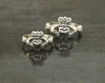 Claddagh Ring (Women) -  A traditional Irish ring which represents love, loyalty, and friendship in 925 sterling silver for women