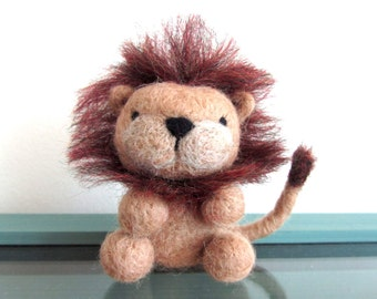 Felt Lion, Needle Felted Lion, Felt Animals, Miniature Lion, Wool Lion, Lion Ornament, Handmade Lion Gift, African Animal Decor, OOAK