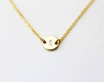 Monogram Initial Necklace / Personalized Initial Coin Disc Necklace / Simple Gold necklace