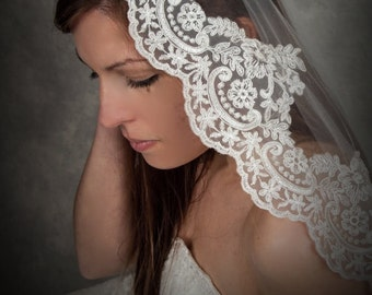 "Soft Mantilla Lace Veil 72"" in width"