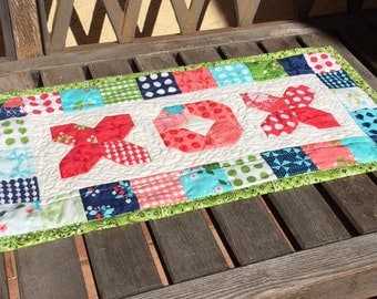 X and O Mini Quilt   Gooseberry Quilted wall hanging   Hugs n Kisses Candle Mat or Mini Table Runner