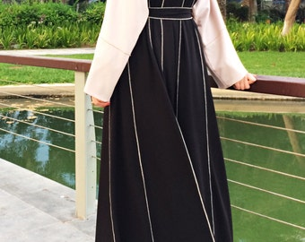Hemming Stitch Abaya with Panels - Black and Beige / Plus Size Abaya / Dubai Abaya / Kimono Abaya / Open Front Abaya / Eid Abaya / Jersey