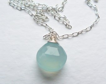 Elegant Sea Blue Chalcedony Necklace
