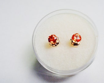 Sapphire Posts. Natural Orange 4mm. Sapphires in 14kt. Yellow Gold Stud Earrings.