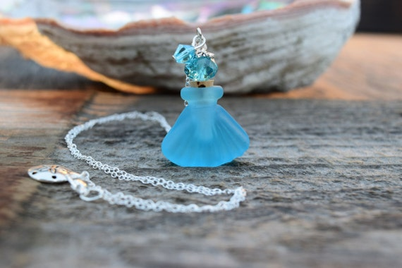 Mermaid Essential Oil Bottle Necklace, Aromatherapy Necklace, Sea Glass Blue Shell Perfume Necklace, Turquoise Tumbled Seaglass Seashell