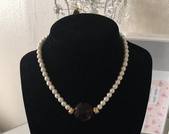 Pearl Choker w/ Red Jewel