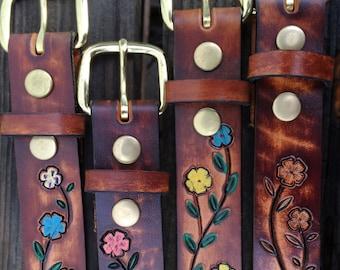 Womens Custom Belt - Name Belt - //Mother's Day // Gift for Her // Birthday gift // Girls Belt