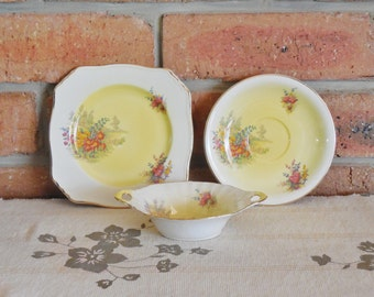 Royal Winton Grimwades Art Deco 1930s 'Tershore' pattern side plate, saucer and small butter or jam dish