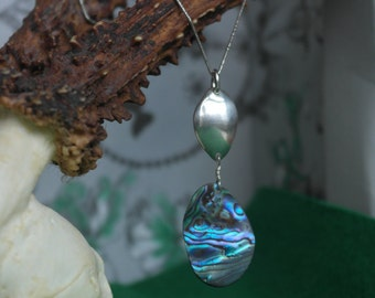 Vintage Sterling Silver Abalone Shell Pendant/Necklace