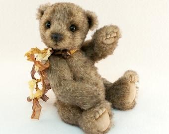 Lucky - OOAK artist teddy bear, mohair, 18.5 cm (7.3 in)
