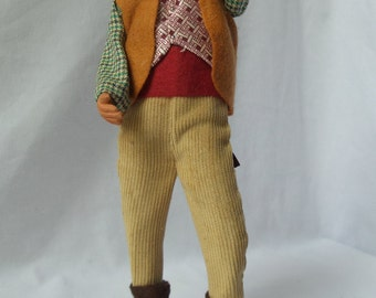 Santon de Provence Hunter / figurine in Terra-cotta men hunting / folk art / crafts / Claude Carbonel