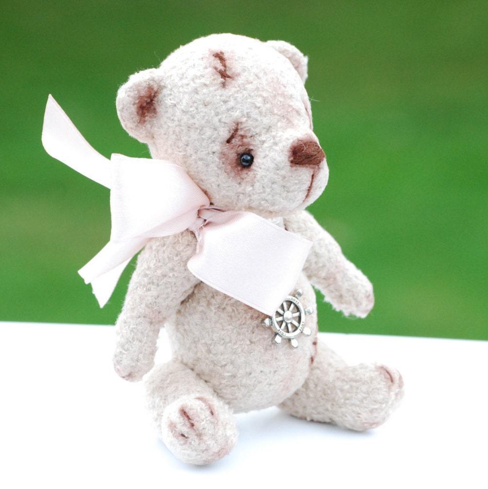 Amigurumi Mini Bear : Miniature Teddy Bear Amigurumi Plush Bear stuffed Bear knit
